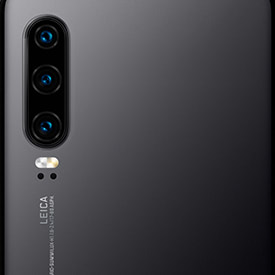 Huawei P30 Black, close up of camera